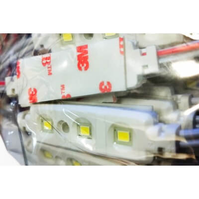 YAKI Chaine de 100 modules 0.48w/module 12V IP67 120°